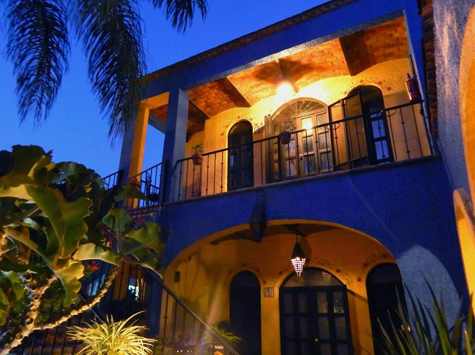 Casa secundaria de noche